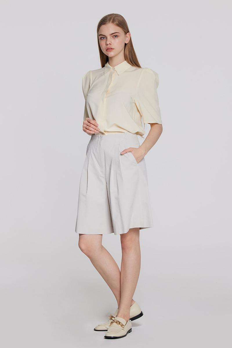 Bermuda Pants (light beige)